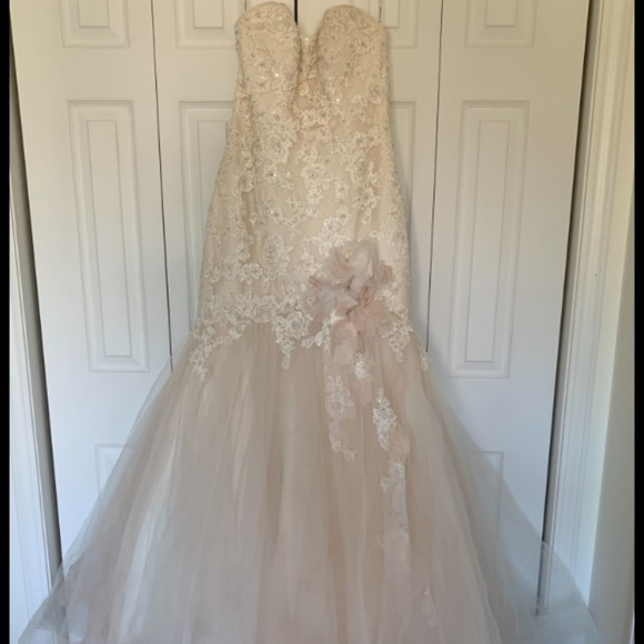 Maggie Sottero Dresses & Skirts - Wedding Dress